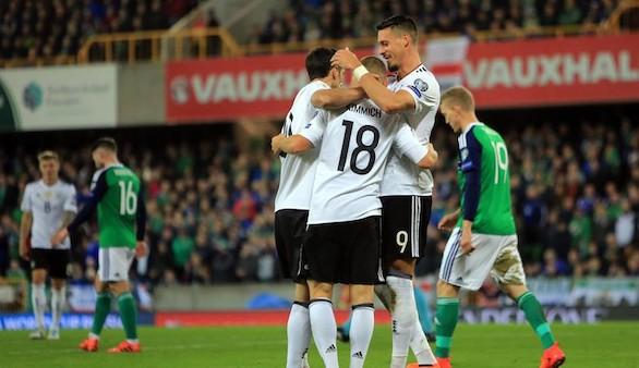 Rusia 2018. Alemania e Inglaterra aterrizan en el Mundial