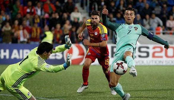 Rusia 2018. Ronaldo y Francia se dejan el pase directo o la repesca para el final