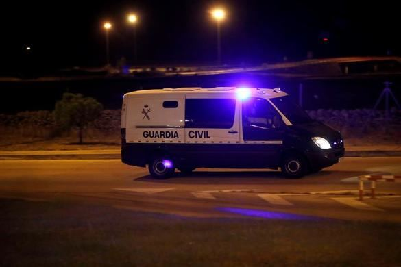 Un furgón de la Guardia Civil traslada a Soto del Real a Jordi Cuixart y Jordi Sánchez