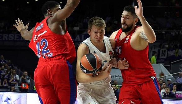 Euroliga. El Madrid arrolla al CSKA del 'Chacho' y el Maccabi gana a Baskonia