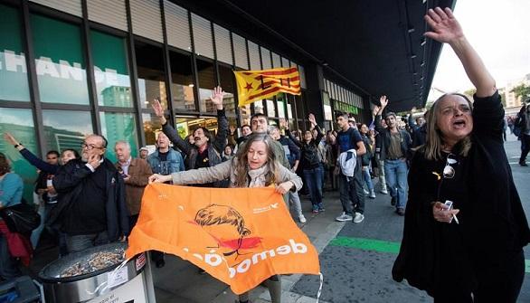 Nuet: la huida de Puigdemont puede llevarnos a prisión
