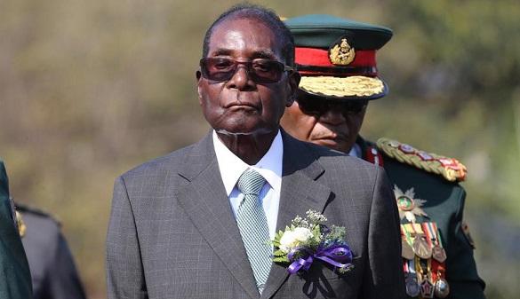 Mugabe negocia su salida del poder tras 37 años de dictadura