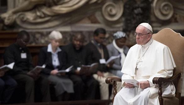 Crónica religiosa. La paz es la aspiración profunda de todos