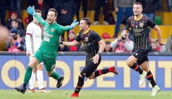 Ligas europeas. Silva salva al City, el Inter ya lidera, el Milan abochorna y el PSG se humaniza