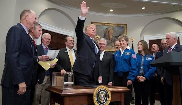 Trump culpa al Congreso del atentado en Nueva York y ordena a la NASA volver a la Luna