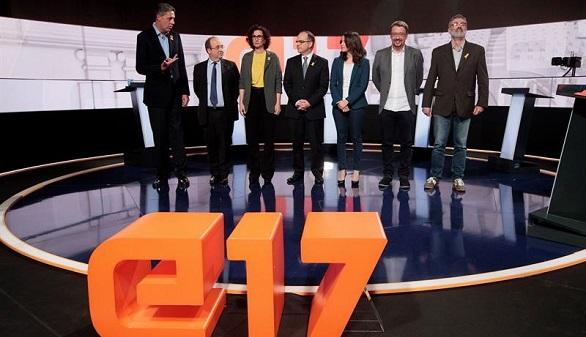 Constitucionalistas y secesionistas chocan en el último debate