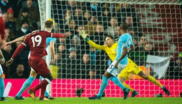 Premier League. El Liverpool rompe el invicto del City de Guardiola   4-3