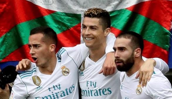 Resumen de LaLiga. Ronaldo supera a Messi y sigue el cara a cara Barça - Atlético