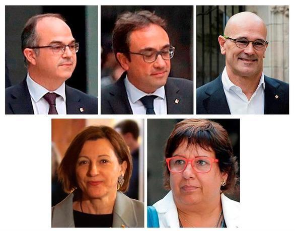 Arriba, de izqda. a dcha, los exconsellers Jordi Turull, Josep Rull y Raül Romeva; abajo, de izqda. a dcha., la expresidenta del Parlament Carme Forcadell y la exconsellera Dolors Bassa.
