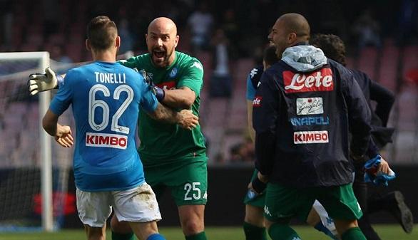 Ligas Europeas. El Nápoles aguanta a la Juventus y el PSG también frustra su alirón