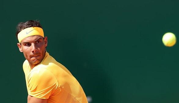 Nadal debuta con seriedad en el Godó y Djokovic se la pega