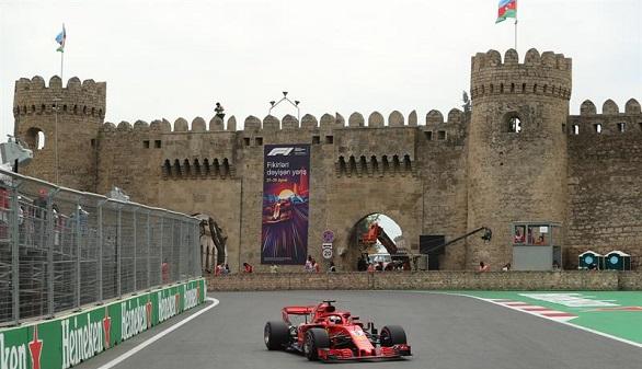 GP Azerbaiyán. Vettel logra la pole y Alonso y Sainz tendrán que remontar