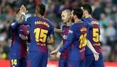 Iniesta somete al Villarreal y dispara al Barcelona hacia el invicto | 5-1