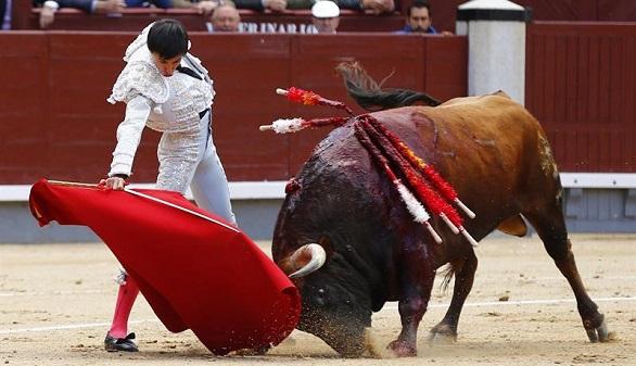 José Espada corta una oreja y pone bajo sospecha al palco de Madrid