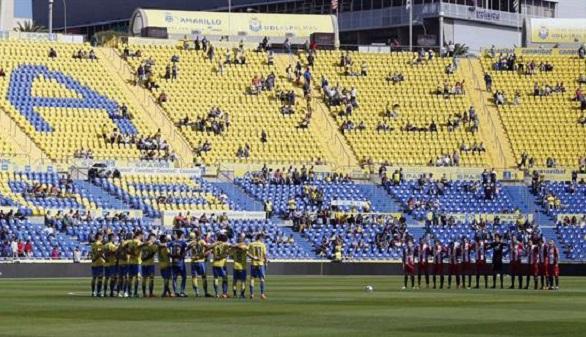 El Girona hace sangre de la UD Las Palmas y Stuani cierra su mejor año | 1-2