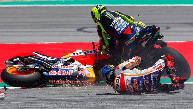 MotoGP. Jorge Lorenzo sigue su via crucis: se cae también en los test