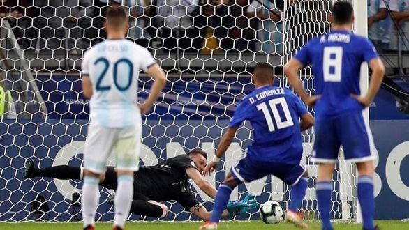 Copa América. Armani no puede sacar a Argentina del hoyo ante Paraguay | 1-1
