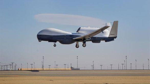 Dron MQ-4C de las Fuerzas Aéreas estadounidenses en Palmdale, California.
