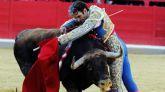 El torero José Tomás reconquista Granada cortando 6 orejas y un rabo