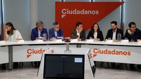 La Ejecutiva de Cs vota en contra de investir a Sánchez