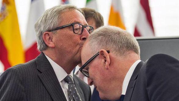 Socialistas y populares, a la greña por el reparto de cargos en la UE