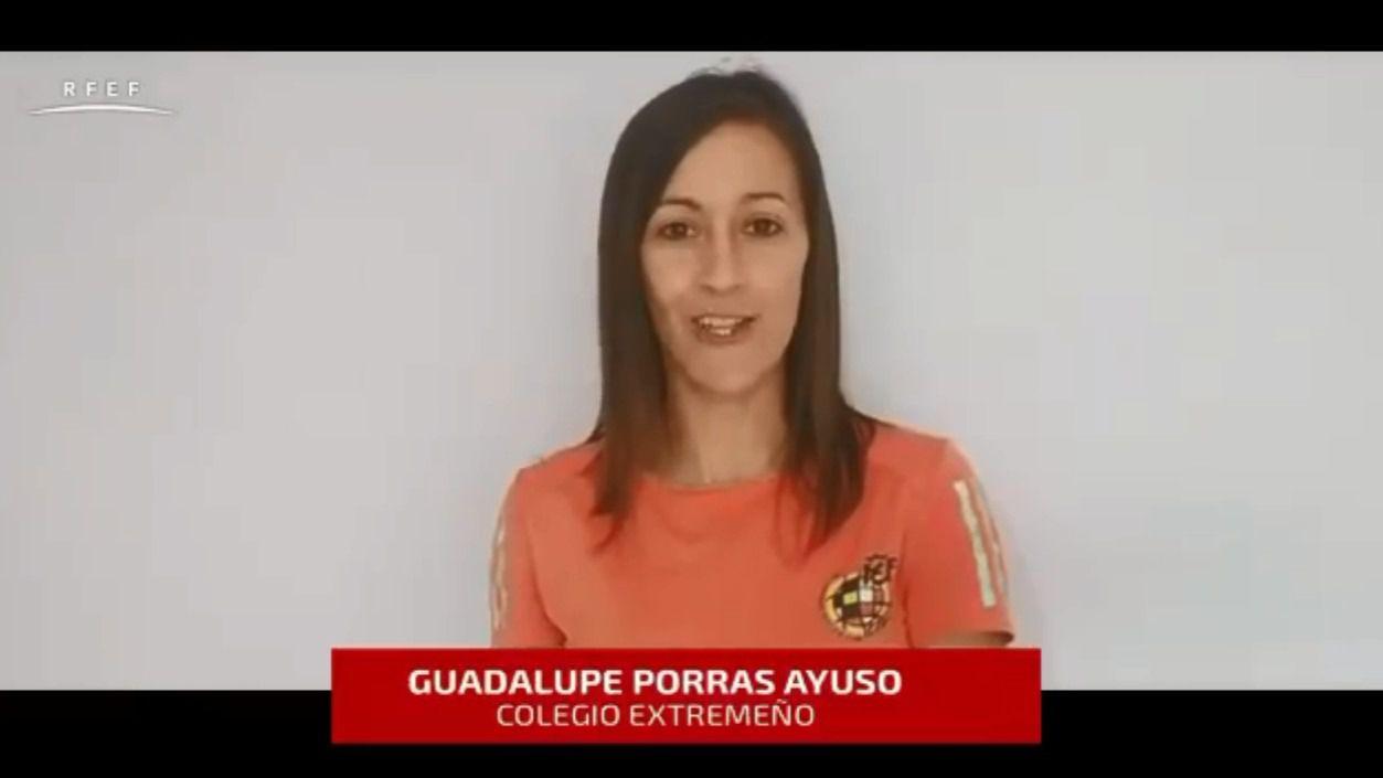 Guadalupe Porras, primera árbitra asistente en debutar en Primera División