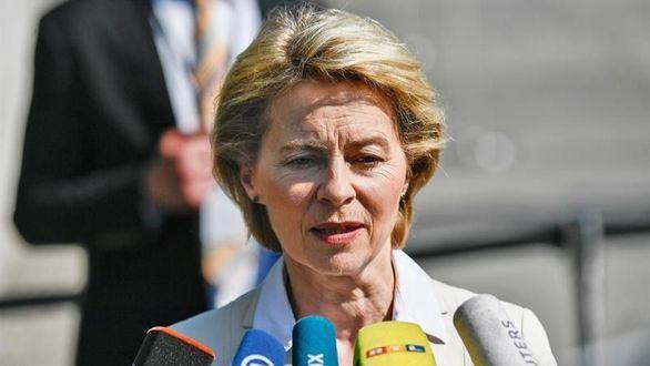 Von der Leyen: de delfín de Merkel a primera mujer en presidir la Comisión Europea