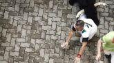 Rápida carrera de los toros de Cebaga Gago, que dejan un herido por asta