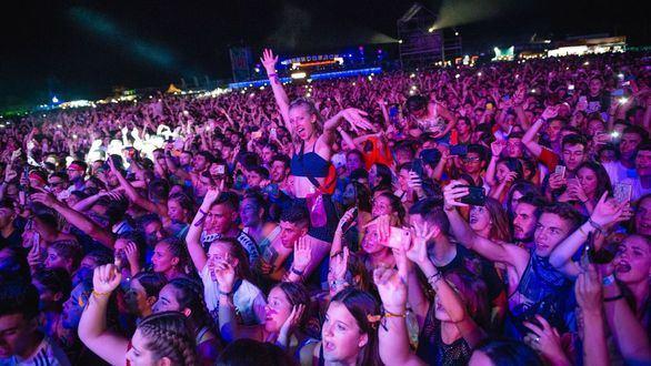El Weekend Beach Festival cumple sus expectativas y cierra con 150.000 asistentes