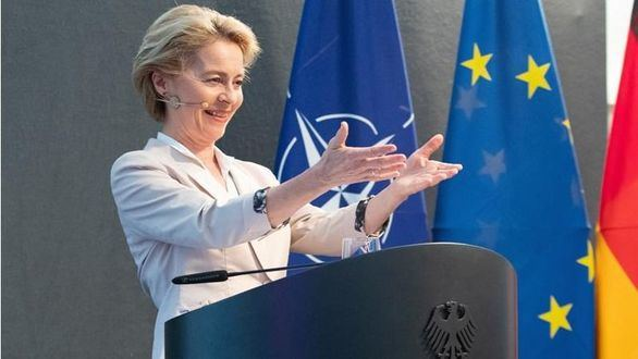 Bruselas mejora dos décimas la previsión de crecimiento para España