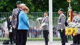 Merkel sufre un tercer episodio de temblores en poco más de tres semanas