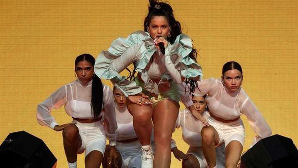 Rosalía conquista el Mad Cool ante la mirada de 40.000 personas