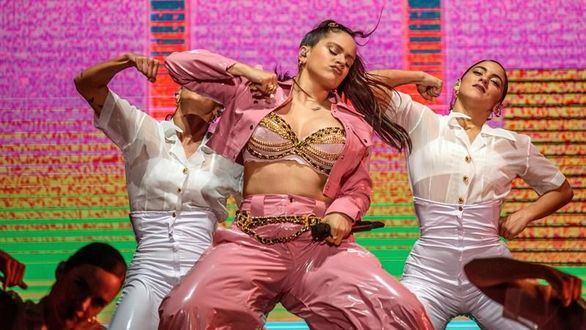 Rosalía seduce a un público entregado en el Bilbao BBK Live