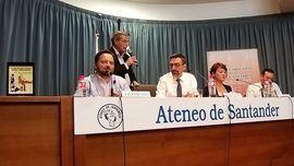 Presentación de Las cien mejores películas sobre periodismo, de David Felipe Arranz, en el Ateneo de Santander