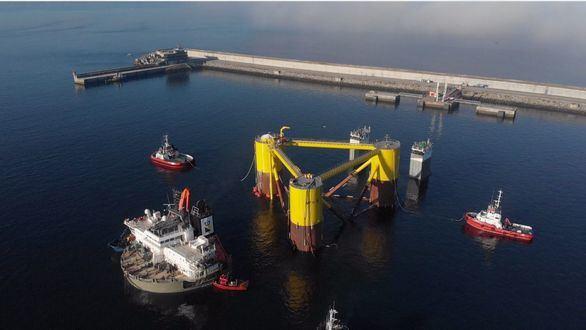 Repsol encara la creación del primer parque eólico flotante en Europa continental