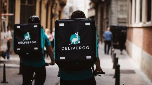 La Seguridad Social gana a Deliveroo: los 'riders' son asalariados, no autónomos