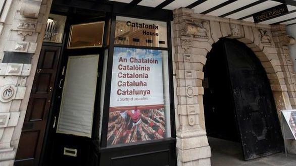 El TSJC rechaza cerrar las 'embajadas' catalanas