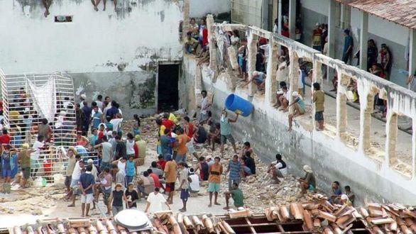 Al menos 52 muertos en un motín en un penal de Brasil