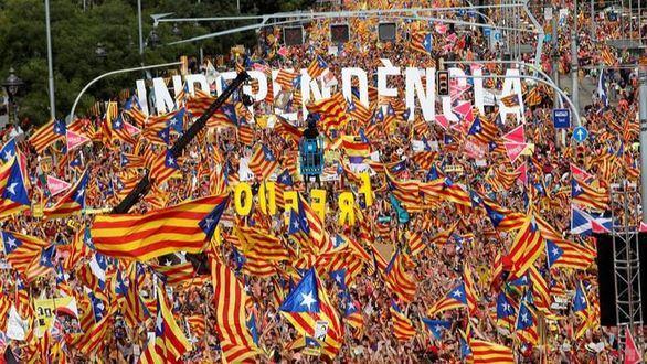 La organización de la Diada dilata la brecha en el independentismo