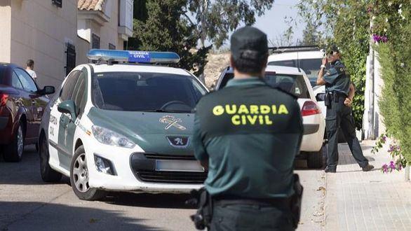 Asesina a su mujer en un pueblo de Burgos, hiere a su hijo y se suicida