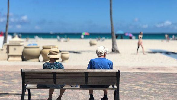 Confirman que las personas jubiladas son más felices que las que trabajan