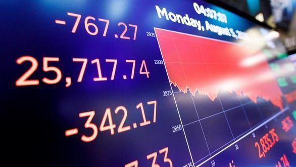 Wall Street sufre la peor caída del año por el miedo a la guerra de divisas con China