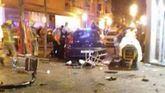Una niña, grave, y 10 heridos al estrellarse un coche contra una terraza