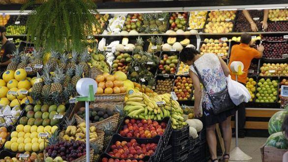 La inflación sube al 0,5 % en julio, impulsada por frutas y carburantes