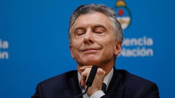 Macri pide perdón y promete aplicar medidas que aplaquen la crisis
