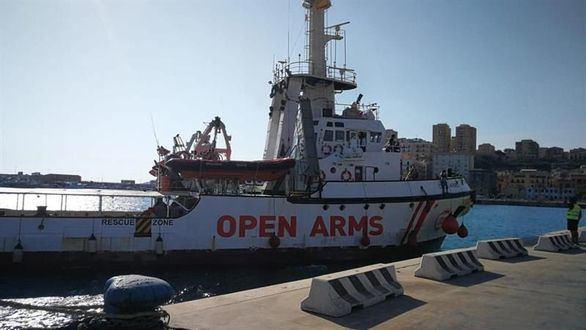 PP y Cs piden que Sánchez comparezca para explicar la crisis del Open Arms