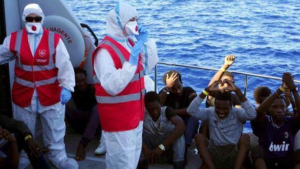 Calvo anuncia que España acogerá a 15 inmigrantes del Open Arms: 'Es nuestra cuota'