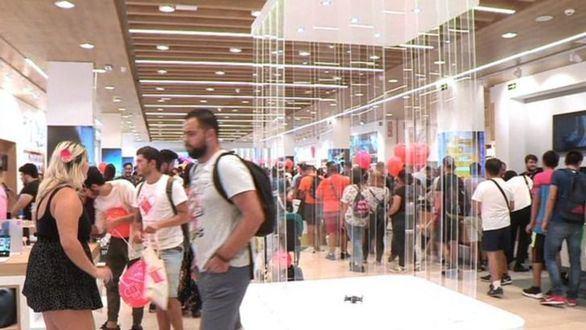 La apertura de la primera tienda de AliExpress en Europa colapsa el Xanadú