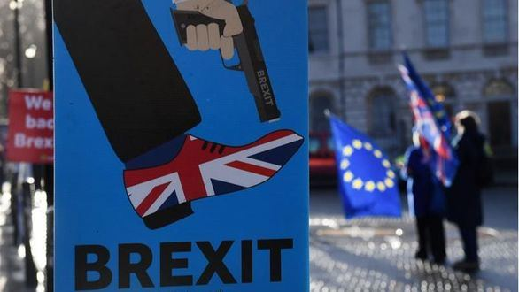 Obispos de la Iglesia de Inglaterra alertan del riesgo de un brexit duro