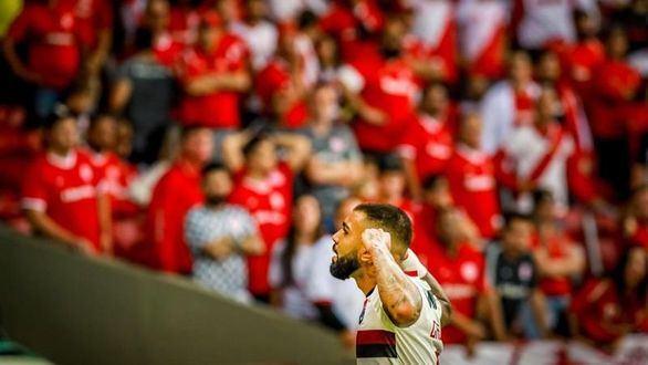 Copa Libertadores. El Flamengo contiene al Inter y llega a semis intacto | 1-1